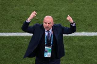 Tersingkir di Awal Euro 2020, Manajer Rusia Akhirnya Dipecat