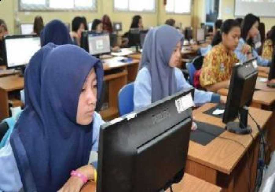 Keterbatasan Sarana Sebabkan Pelaksanaan UNBK di Riau Masih Minim