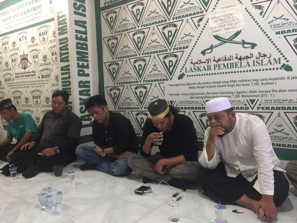 Penghina UAS di Facebook Diserahkan ke Polda Riau