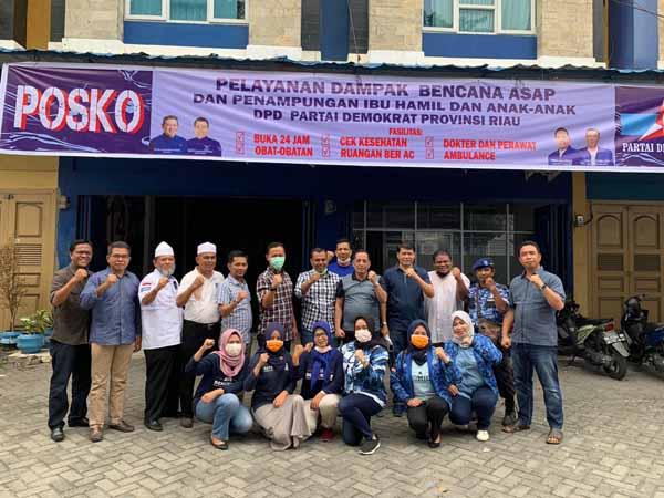 Partai Demokrat Riau Buka Posko Pelayanan Dampak Kabut Asap
