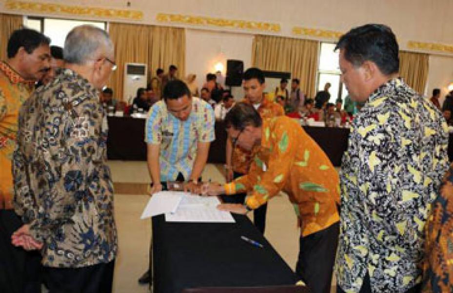 Wabup Zardewan Hadiri Rakor se-Provinsi Riau