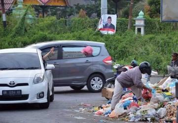 Pemko Pekanbaru Kurangi Denda Buang Sampah Menjadi Rp250 Ribu