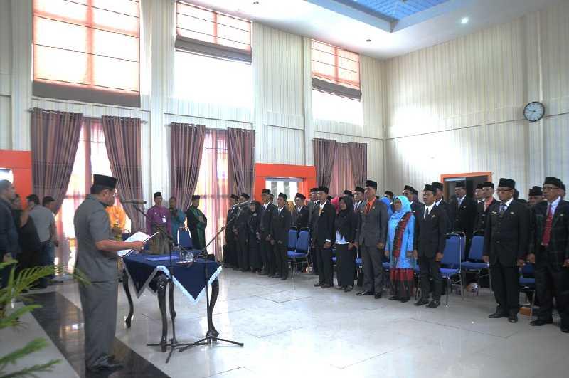 Sekda Kabupaten Kepulauan Meranti Lantik 78 Kepala SD dan SMP