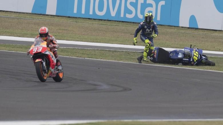 Soal Insiden di Argentina, Rossi Sudah Bicara dengan Marquez