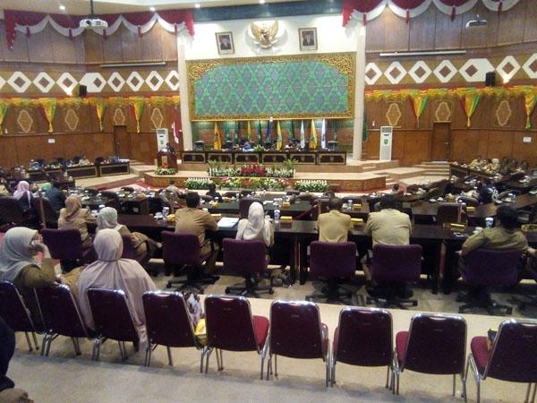 Paripurna DPRD Riau Diawal Tahun