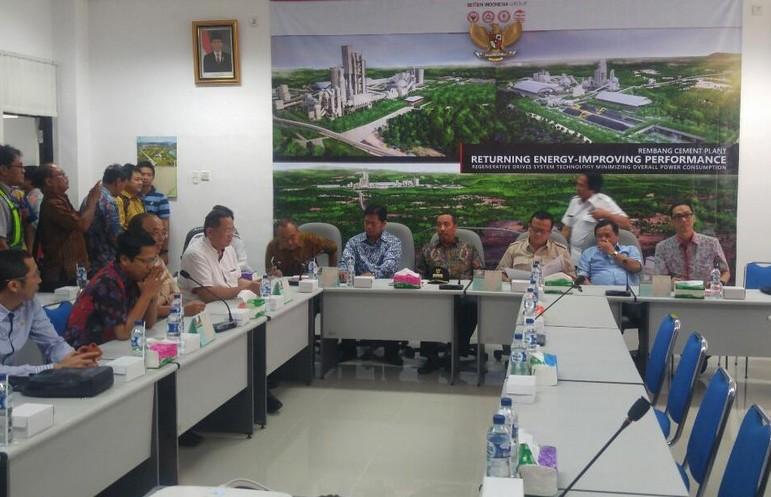Komisi IV DPR Kunjungi Pabrik Semen Rembang