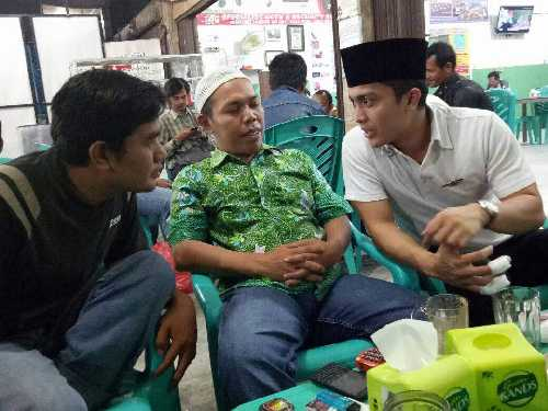 Bertukar Pengalaman, Tokoh Muda Asal Riau Bincang Santai dengan Wartawan