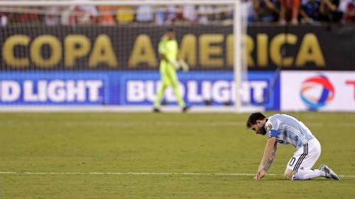 Luis Enrique Yakin Messi Segera Bergabung dengan Barcelona