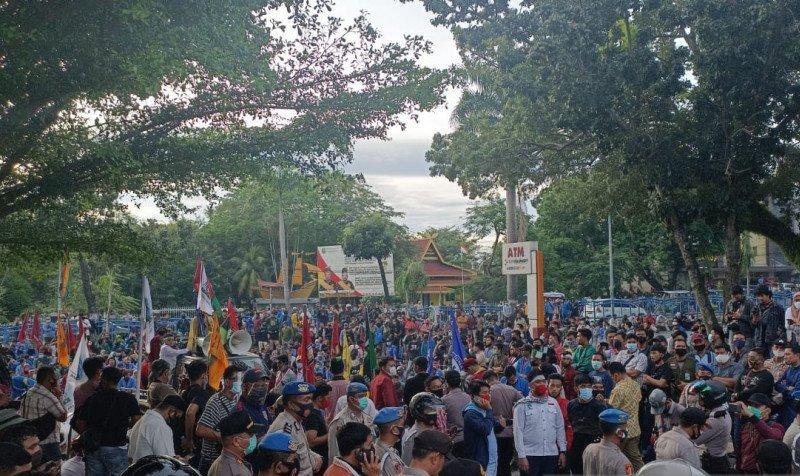 DPRD Riau Kirim Surat ke Presiden