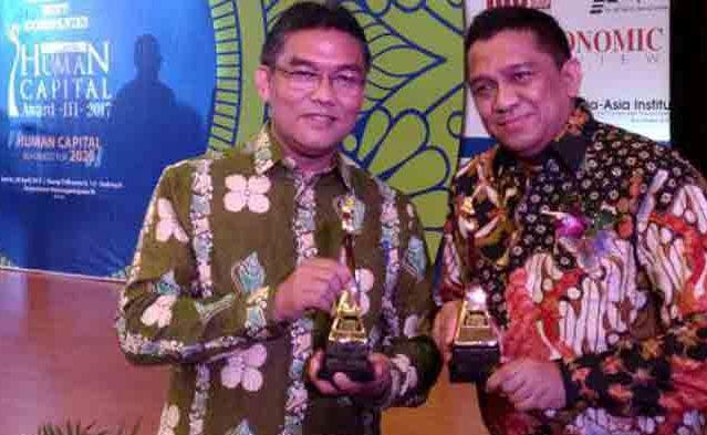 Dua Putra Terbaik Riau Jadi Direktur Terbaik se Indonesia