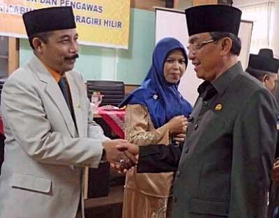Bupati HM Wardan Minta Disdukcapil Jadikan e-KTP sebagai Prioritas Utama
