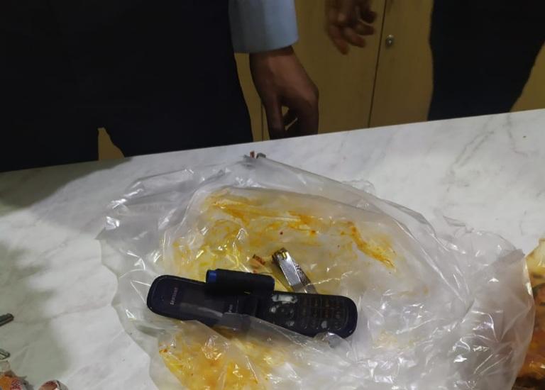 Ada Yang Coba Selundupkan Handphone Dalam Paket Makanan ke Dalam Lapas