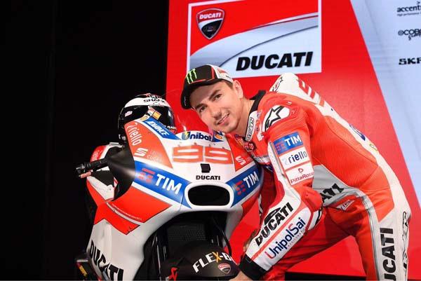 Legenda Balap MotoGP Sesalkan Kepindahan Lorenzo ke Ducati