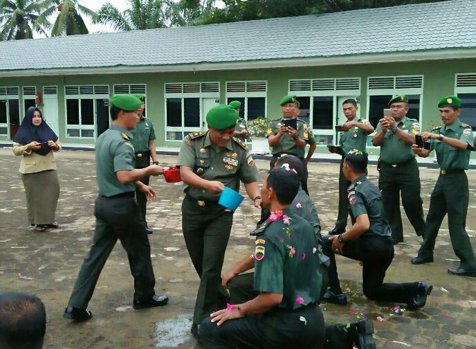 9 Orang Bintara dan Tamtama Kodim 0314 Inhil Laksanakan Laporan Corps Kenaikan Pangkat