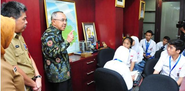 Gubernur Riau: Tingkatkan Kualitas Pendidikan dan SDM Riau