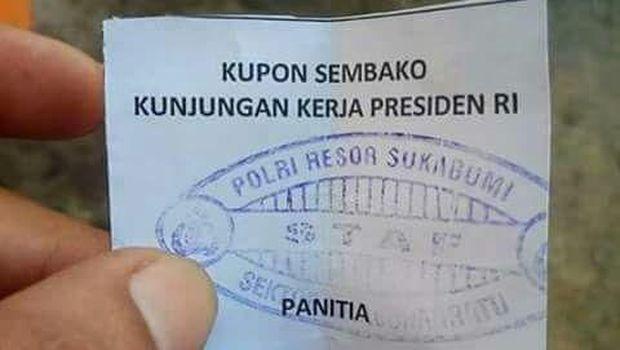 Jokowi Bagi-bagi Sembako, Pimpinan DPR Soroti Dilibatkannya Aparat