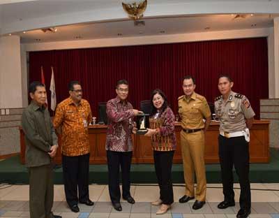 Bank Riau Kepri dan Bapenda Provinsi Riau Kunjungi BJB Terkait Samsat Online