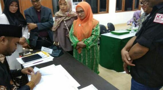 Bawaslu Terima Gugatan Dinawati Terhadap KPU Riau