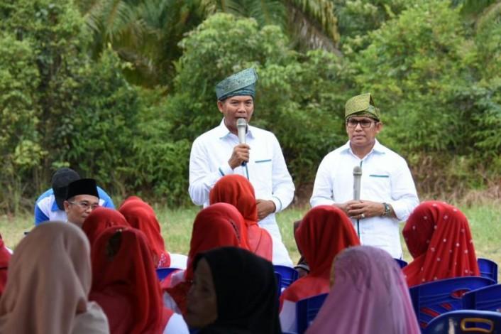Firdaus - Rusli Siapkan Program Atasi Permasalahan Petani Riau