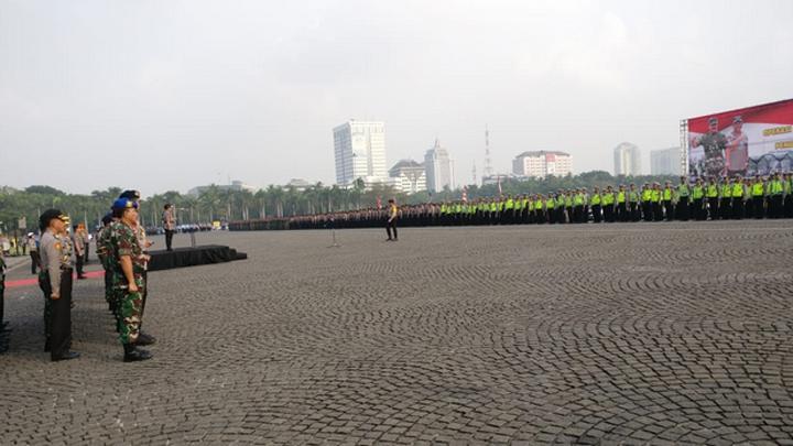 Polri dan TNI Gelar Apel Persiapan Operasi Ketupat 2018