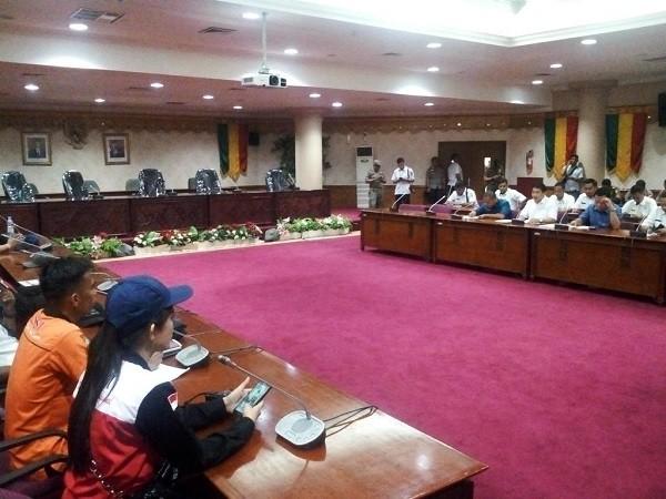 DPRD Riau dan Disnaker Janji Teruskan Tuntutan KSBSI ke Pusat