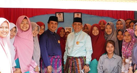 Ratusan Guru dan Mahasiswa Ikuti Festifal Budaya Melayu FKIP UR