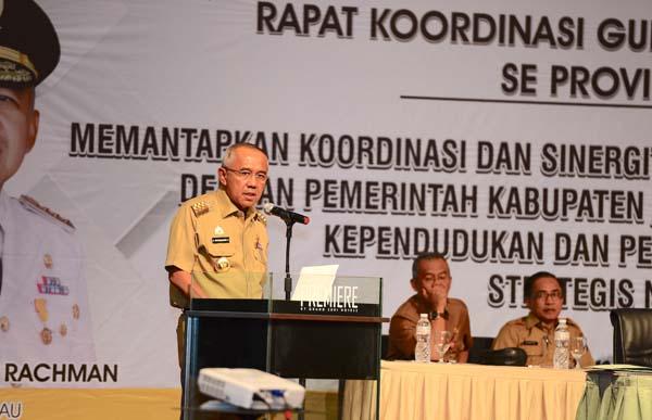 Rapat Koordinasi Gubernur dengan Bupati / Walikota se-Prov. Riau Tahun 2017