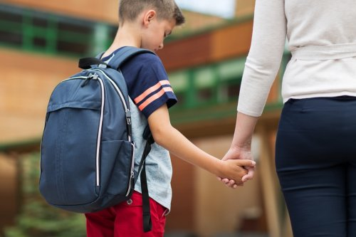Inilah Beberapa Hal Yang Harus Diperhatikan Saat Memilih Tas untuk Anak