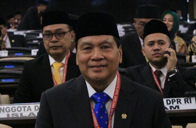 Achmad Ingin Percepat Riau Punya Embarkasi Haji