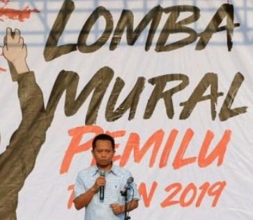 KPU Riau Taja Lomba Mural atau Gravity