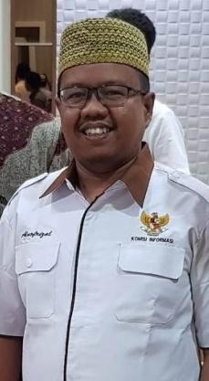 KI Riau Ingatkan Sekolah Agar Transparan dalam Proses Penerimaan Siswa Baru