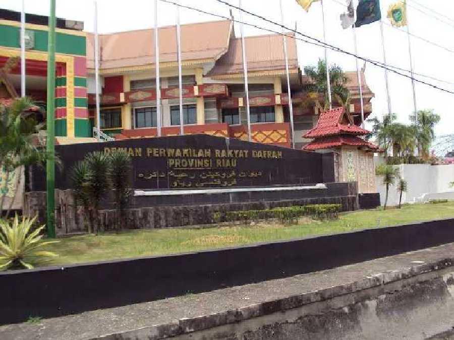 Pekan Depan, Fraksi PDIP Segera Lakukan Rolling Anggota Komisi di DPRD Riau
