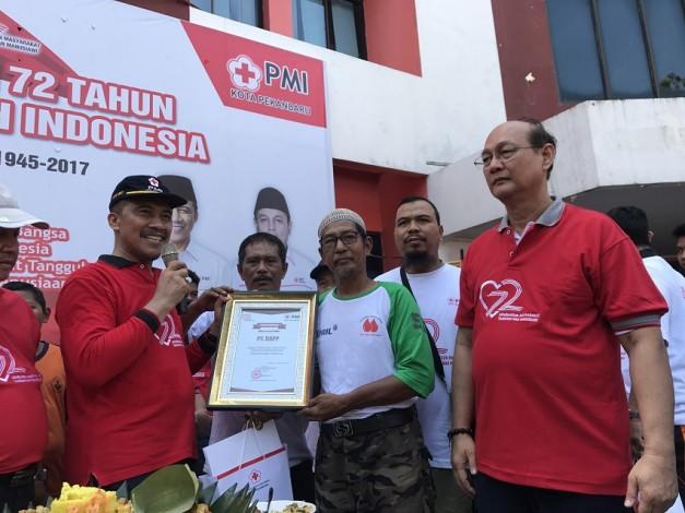 RAPP Terima Penghargaan Perusahaan Donor Darah Terbanyak