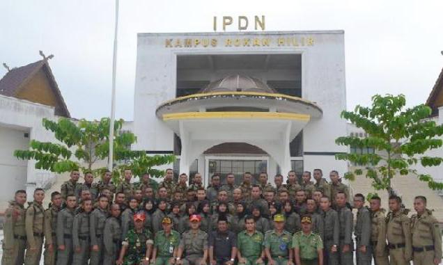 Direktur IPDN: Kampar dan Pekanbaru Belum Layak