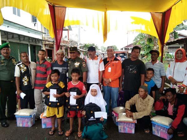 Pemkab dan TNI Beri Bantuan Korban Kebakaran di Inhil