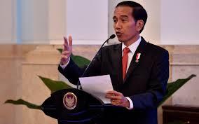 Inkonsistensi Jokowi Jelang Pilpres Lewat Rangkap Jabatan Menteri
