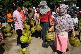 Disperindag Pekanbaru Pastikan Masyarakat Miskin Tetap Dapat Subsidi Gas 3 Kg