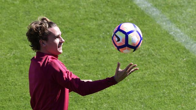 Barcelona Korbankan Dembele untuk Transfer Griezmann