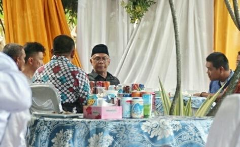 Pjs Bupati Inhil Taja Open House di Pekanbaru