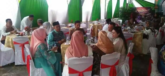 Open House, Ketua DPRD Inhil Menjamu Ratusan Tamu Di Kediaman Dinas