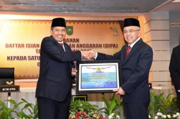 Siak Terima Penghargaan Kementerian Keuangan