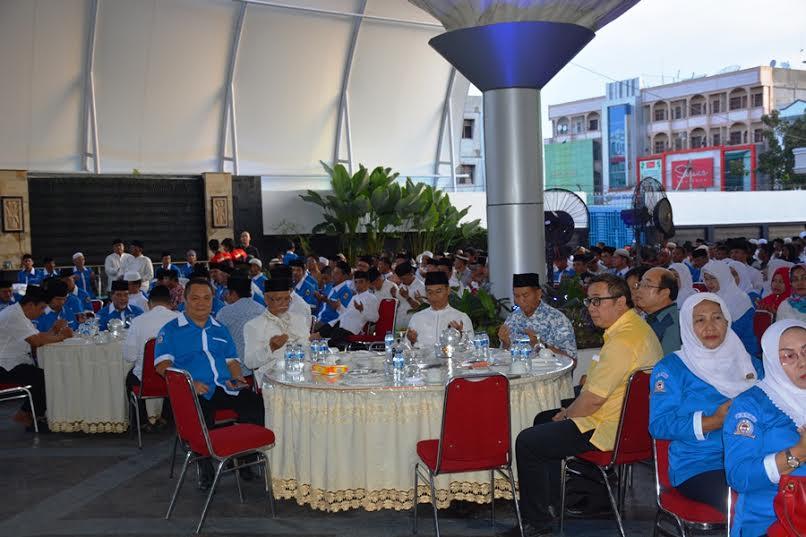 Wako Firdaus Buka Bersama dengan Jajaran LPM se-Kota Pekanbaru