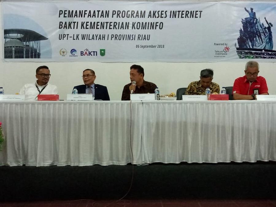 Didampingi GM Telkom Ridar, Komisi I DPR RI Kunjungi BAKTI UPT LK Pekanbaru