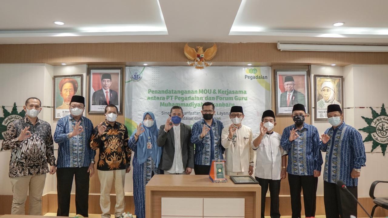 Pegadaian Pekanbaru Jalin MoU dengan Forum Guru
