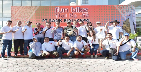IMA  Pekanbaru dan FKIJK – Riau Ramaikan Fun Bike 2018 Bank Riau Kepri