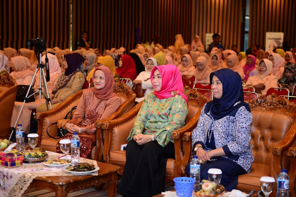 Ketua DWP Hadiri Lomba Paduan Suara HUT-17 Dharma Wanita Persatuan