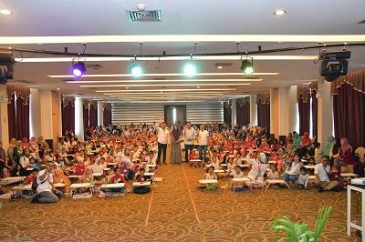 Yudi Pindiv Projas Resmikan Lomba Mewarnai Bank Riau Kepri di Batam