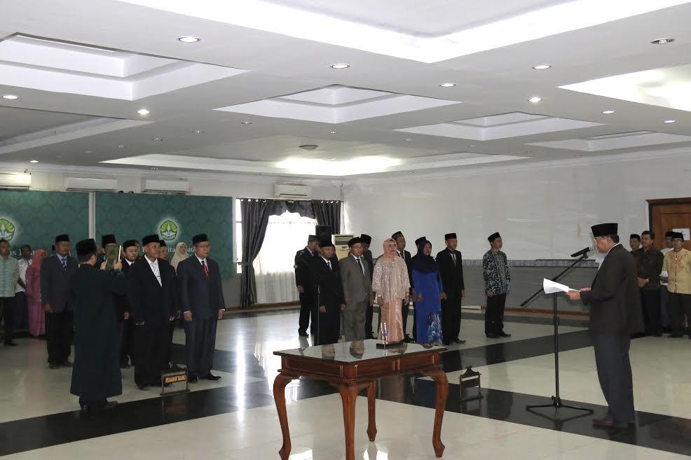Amanat Rektor UR kepada Pejabat UR yang Baru Dilantik