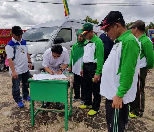 Bank Riau Kepri Serahkan CSR ke PKK Kuansing