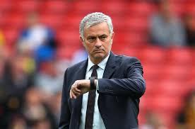 Perpanjang Kontrak, Mourinho  Siap Bawa MU Kejar City
